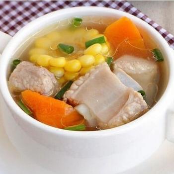 玉米萝卜排骨汤